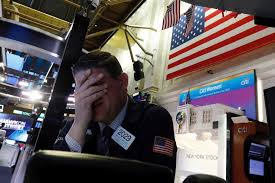 Governments and Central Banks React while the World Economy Enters in Recession Coma